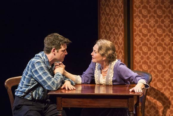 Intense human emotions in the glass menagerie by tennessee williams